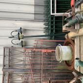 Antieke werkwerken en lantaren's