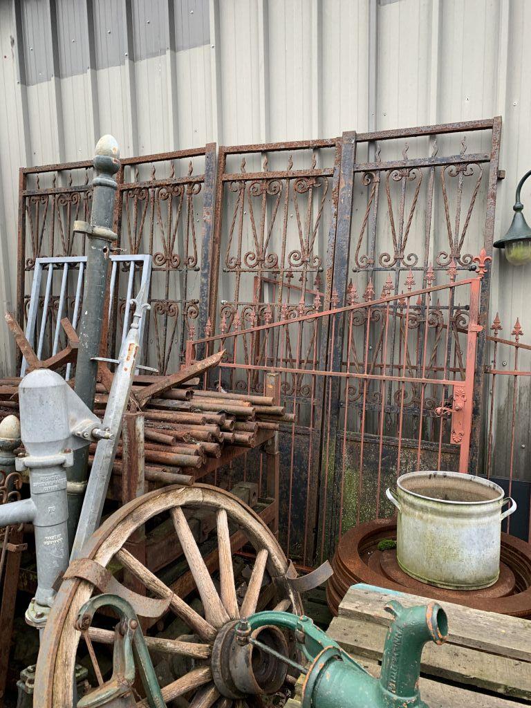 antieke werkwerken/ poorten